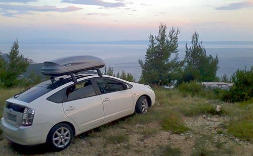 Прокат багажника на крышу - аренда автобокса Thule Pacific 200.
